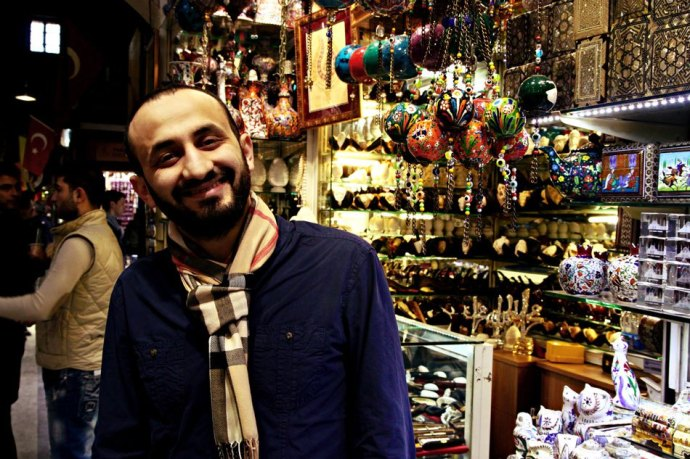 shopkeeper Istanbul bazaar